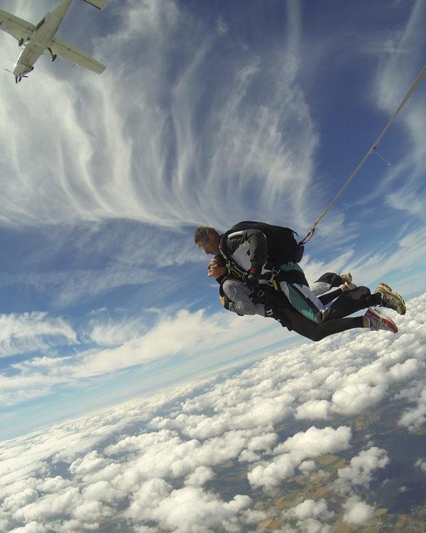 sauter-en-chute-libre-adrenaline-lille-parachutisme