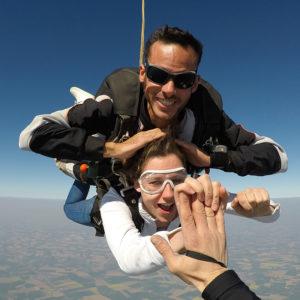 sauter-en-parachute-en-toute-securite-lille-parachutisme
