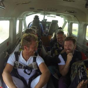 photos-interieur-avion-saut-en-parachute-tandem-lille-parachutisme